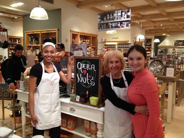 Bí quyết thành công đằng sau tiệm bánh OperaNuts của người phụ nữ này khiến ai cũng nể phục - Kinhdoanh247.vn